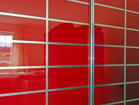 sd_red_multipanel-t