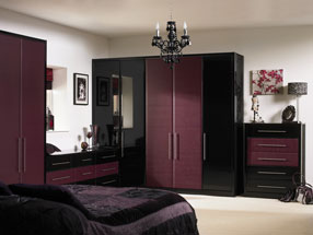 Venice Bedroom in Riven Blackberry & HG Black