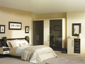 Venice Bedroom in HG Ebony & HG Cream