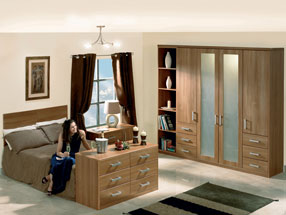 Rimini Bedroom in Light Walnut