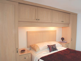Mitred Type 7 Bedroom in Montana Oak