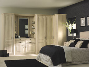 Canterbury Bedroom in Moldau Acacia