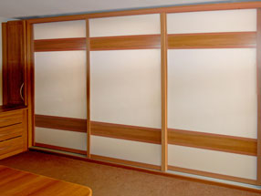 Lissa Oak & White Glass Sliding Doors