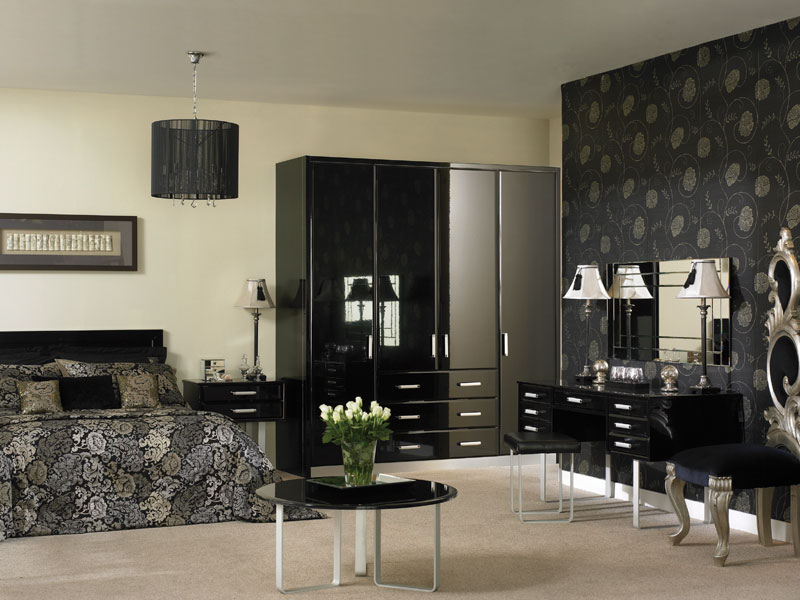 High gloss black bedroom furniture
