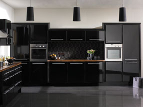 Pisa Kitchen in HG Black