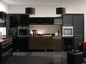 Venice Kitchen in HG Ebony & HG Black