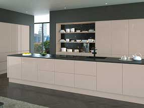 Lincoln Kitchen in Hi-gloss Cashmere