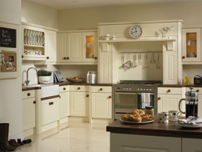 Newport Kitchen in Vanilla
